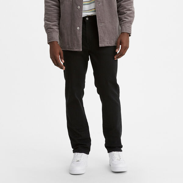 541™ Athletic Taper Jeans